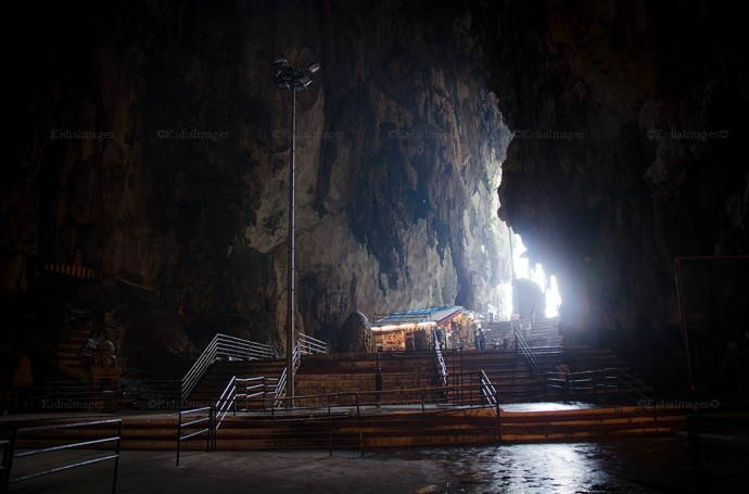 Suasana Gua Batu Caves